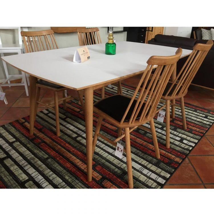 ZigZag-stol-Ubbe-matbord