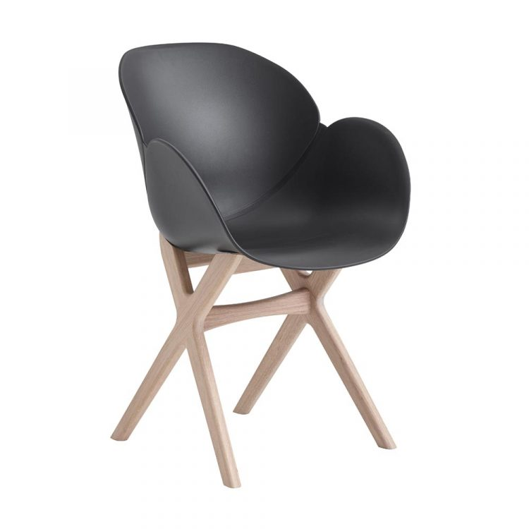 Caso-Deluxe-stol-svart-ek